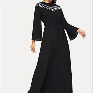 Dresses & Skirts - Black trumpet sleeve embroidery dress